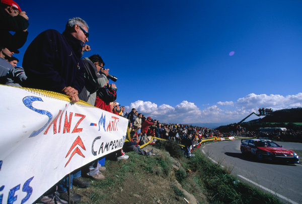 2003 World Rally Championship, Catalunya, Spain, Rd13. 23 - 26 October 2003.Home crowds support countryman Carlos Sainz.World Copyright: McKlein/LAT PhotographicRef: Transparency 03_WRC_Rd13_11