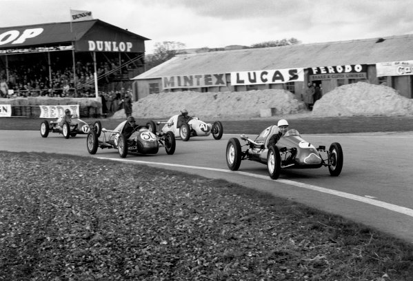Goodwood, West Sussex, Great Britain. 6th April 1953.Stirling Moss (Cooper-Norton 500 MkVII), 3rd position, action. World Copyright: LAT PhotographicRef: 53/23 - 22.