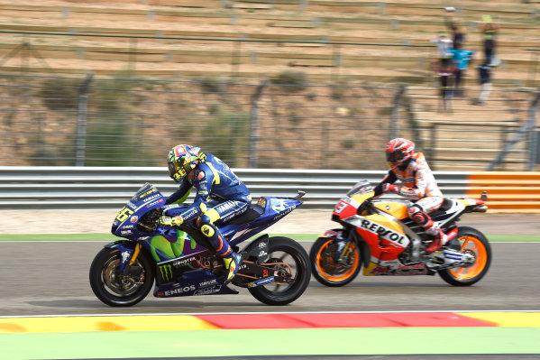 2017 MotoGP Championship - Round 14 Aragon, Spain. Friday 22 September 2017 Valentino Rossi, Yamaha Factory Racing, Marc Marquez, Repsol Honda Team World Copyright: Gold and Goose / LAT Images ref: Digital Image 693768