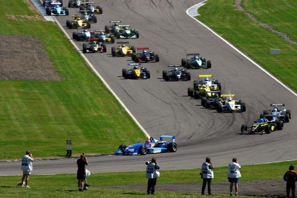 Nelson Piquet Jnr (BRA) Piquet Sports leads on the first lap. British Formula