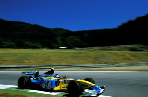 Jarno Trulli (ITA), Renault R23, finished in eighth place. Austrian Grand Prix, Rd6, A1-Ring, Austria. 18 May 2003. BEST IMAGE