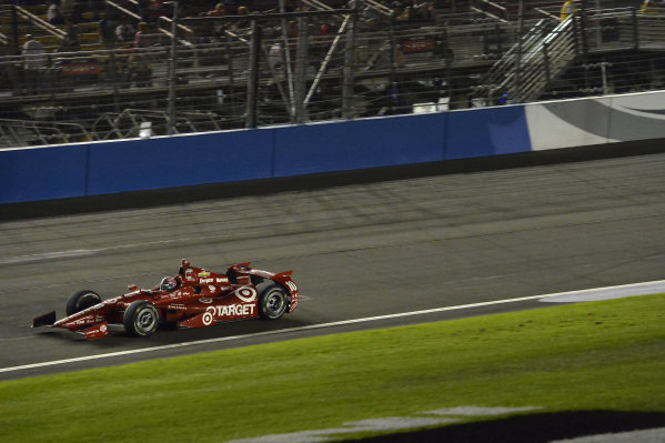 Race winner Tony Kanaan (BRA) Target Ganassi Racing.