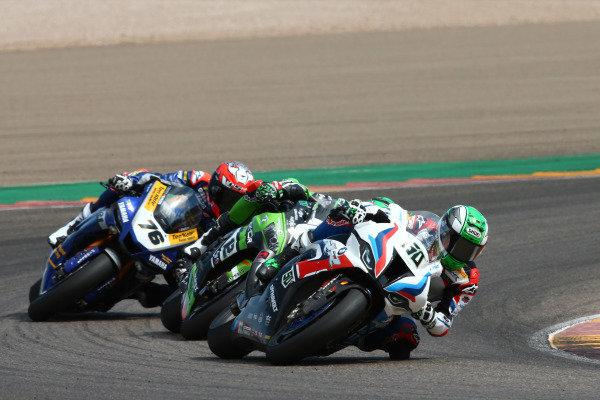 Eugene Laverty, BMW Motorrad WorldSBK Team, Xavi Fores, Kawasaki Puccetti Racing, Loris Baz, Ten Kate Racing Yamaha.