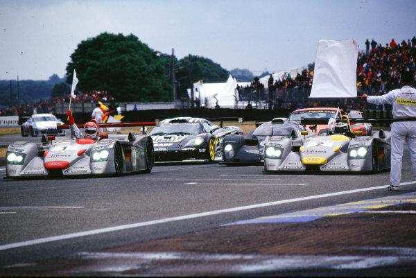 2001 Le Mans 24 Hours Le Mans, France. 16th - 17th June 2001 World Copyright - LAT Photographic ref: 01LM16.