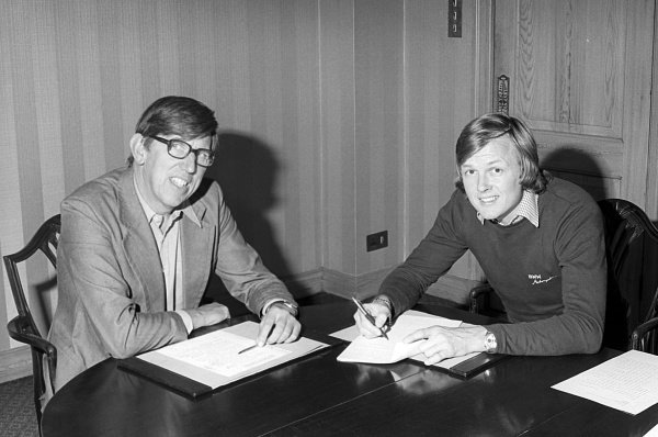 (L to R): Ken Tyrrell (GBR) Tyrrell Team Owner with Ronnie Peterson (SWE), who signed to drive with the team in 1977.