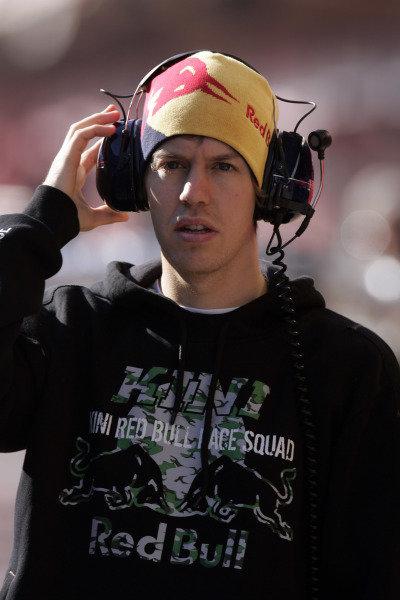 Barcelona, Spain. Day 1.17th November 2008Sebastian Vettel, Toro Rosso STR03 Ferrari. Portrait. World Copyright: Alastair Staley/LAT Photographic ref: Digital Image _MG_0404