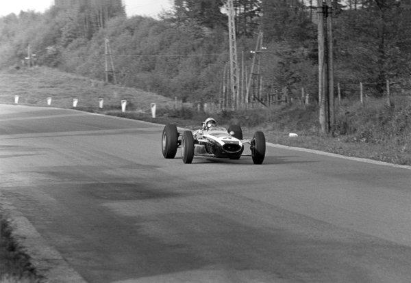 1965 Belgian Grand Prix.Spa-Francorchamps, Belgium. 11-13 June 1965.Bruce McLaren (Cooper T77 Climax) 3rd position, action.World Copyright - LAT Photographicref: 157B#19a
