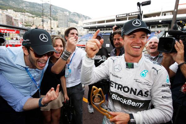 Monte Carlo, Monaco. Sunday 25 May 2014. Nico Rosberg, Mercedes AMG, 1st Position, celebrates with his team. World Copyright: Charles Coates/LAT Photographic. ref: Digital Image _N7T0252