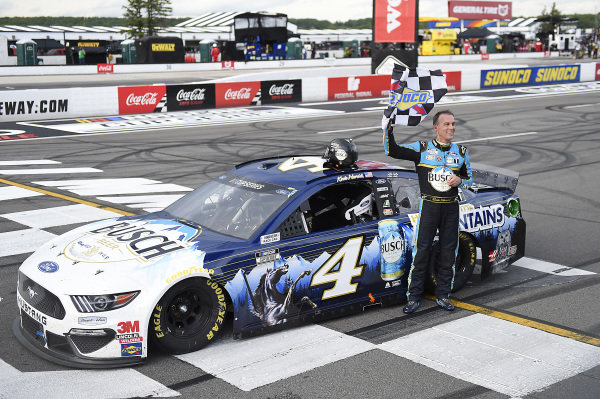 #4: Kevin Harvick, Stewart-Haas Racing, Ford Mustang Busch Head for the Mountains, celebrates after winning.