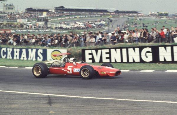 1968 British Grand Prix.Brands Hatch, England.18-20 July 1968.Chris Amon (Ferrari 312) 2nd position.Ref-68 GB 26.World Copyright - LAT Photographic