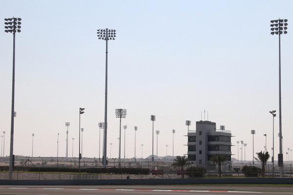 Lights in place for the Bahrain Grand Prix night race. Formula One Testing, Day One, Bahrain International Circuit, Sakhir, Bahrain, Wednesday 19 February 2014.