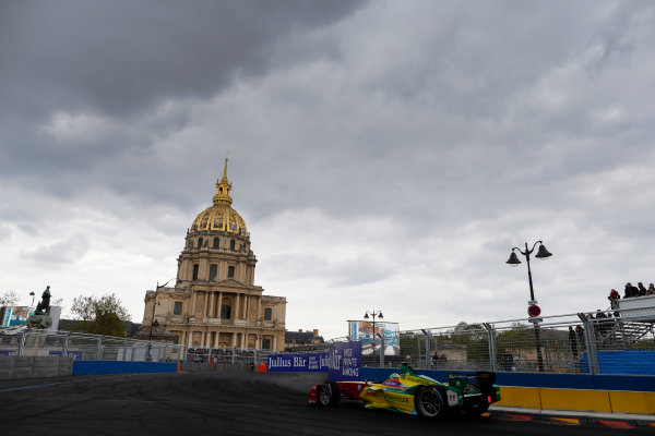 2015/2016 FIA Formula E Championship. Paris ePrix, Paris, France. Saturday 23 April 2016. Lucas Di Grassi (BRA), ABT Audi Sport FE01. Photo: Glenn Dunbar/LAT/Formula E ref: Digital Image _89P5510A