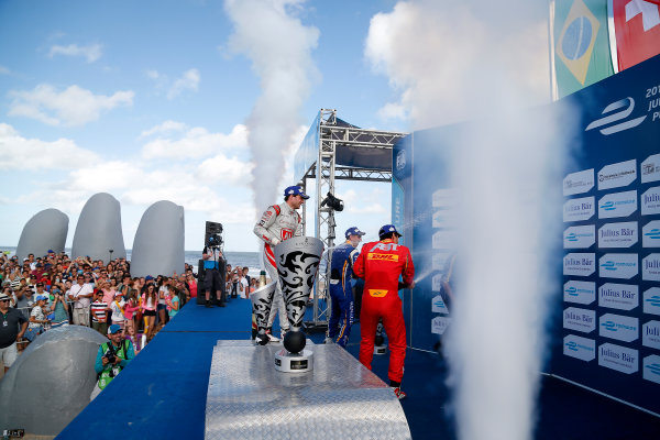 FIA Formula E Championship 2015/16. Julius Baer Punta Del Este ePrix, Punta Del Este, Uruguay. Race. Sebastien Buemi (SUI), Renault e.Dams Z.E.15, Jerome D'Ambrosio (FRA) Dragon Racing - Venturi VM200-FE-01, Lucas Di Grassi (BRA), ABT Audi Sport FE01. Punta Del Este, Uruguay, South America. Saturday 19 December 2015 Photo: Adam Warner / LAT/FE ref: Digital Image _L5R2512