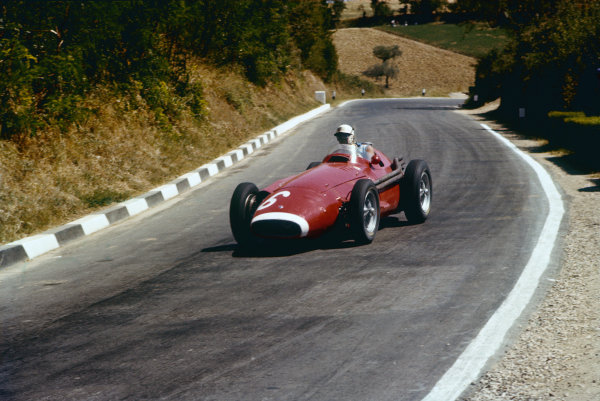 Pescara, Italy. 16-18 August 1957. Harry Schell, Maserati 250F, 3rd position. Ref: 57PES04. World Copyright - LAT Photographic