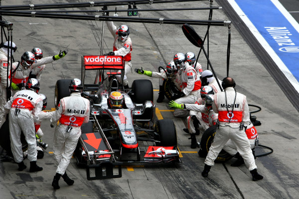 Nurburgring, Germany.24th July 2011Lewis Hamilton, McLaren MP4-26 Mercedes, 1st position, makes a stop. Action. Pit Stops. World Copyright: Andy Hone/LAT Photographicref: Digital Image CSP23875