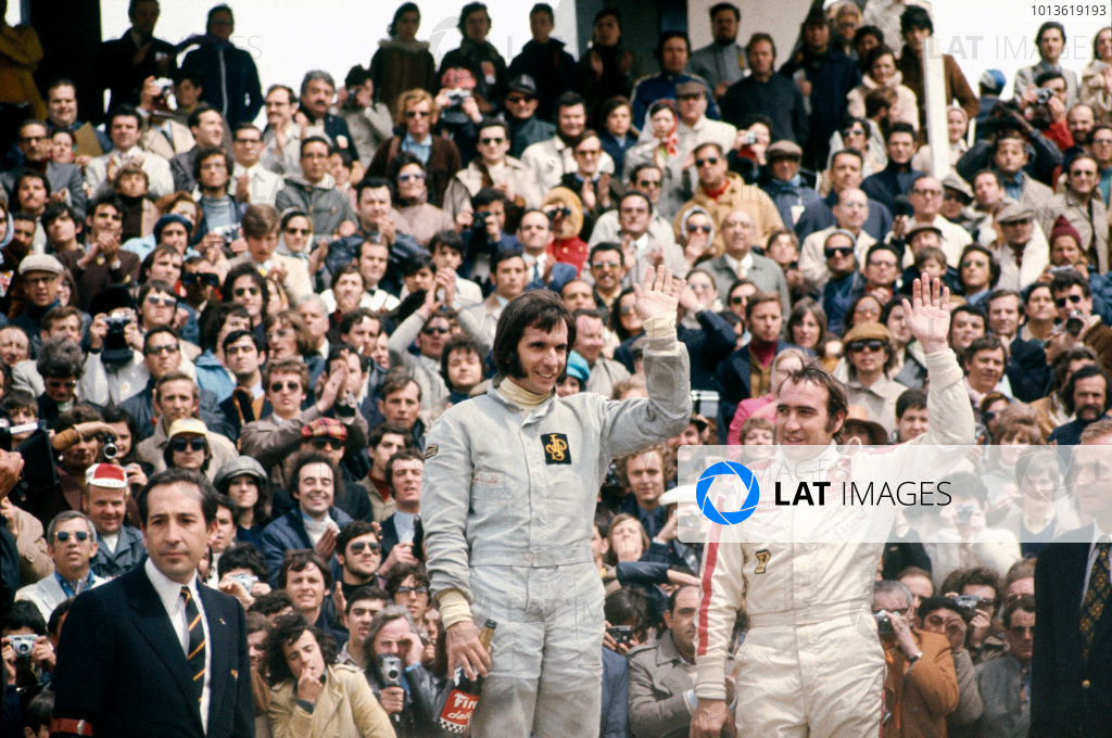 Jarama, Madrid, Spain.29/4-1/5 1972.Emerson Fittipaldi (Lotus 72D-Ford), 1st position and Clay Regazzoni (Ferrari 312B2), 3rd position on the podium, portrait. World Copyright: LAT Photographic.Ref:  72ESP45.