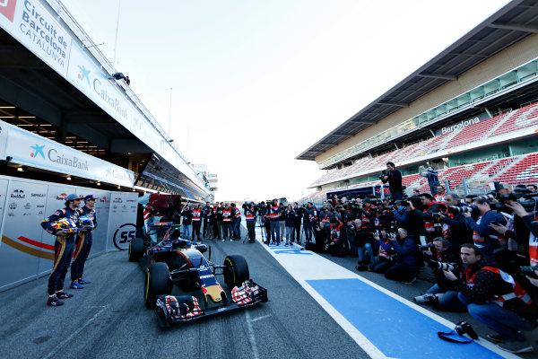 Circuit de Catalunya, Barcelona, Spain Tuesday 1 March 2016. Carlos Sainz Jr, Toro Rosso. Max Verstappen, Toro Rosso. Unveil the STR-11 to the press World Copyright: Zak Mauger/LAT Photographic ref: Digital Image _L0U1997