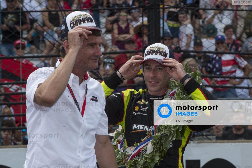 Simon Pagenaud, Team Penske Chevrolet, with Tim Cindric