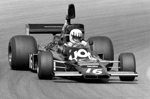 1975 Dutch Grand Prix.Zandvoort, Holland.20-22 June 1975.Tom Pryce (Shadow DN5 Ford) 6th position.Ref-7601/35AWorld Copyright - LAT Photographic