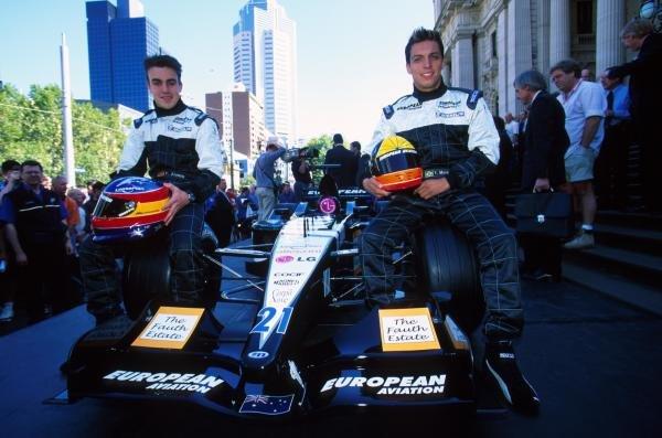 Fernando Alonso and Tarso Marques with the Minardi PS01European Minardi PS01, Melbourne, 28 February 2001