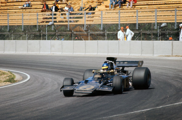 1973 Swedish Grand Prix.  Anderstorp, Sweden. 15-17th June 1973.  Ronnie Peterson, Lotus 72E Ford, sideways in practice.  Ref: 73SWE20. World Copyright: LAT Photographic