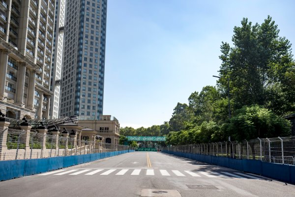 2016/2017 FIA Formula E Championship. Buenos Aires ePrix, Buenos Aires, Argentina. Friday 17 February 2017. A view of the track. Photo: Zak Mauger/LAT/Formula E ref: Digital Image _L0U8036