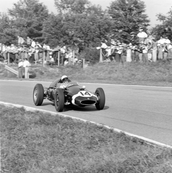 1959 Italian Grand Prix.Monza, Italy. 13 September 1959.Stirling Moss (Cooper T51-Climax), 1st position. Ref-5082.World Copyright - LAT Photographic