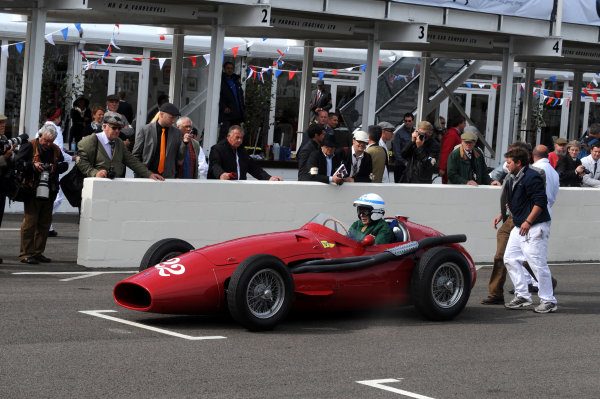 Goodwood Estate, West Sussex, 15th - 18th September 2011 Fangio celebration John Surtees. World Copyright:Jeff Bloxham/LAT Photographic Ref: Digital Image