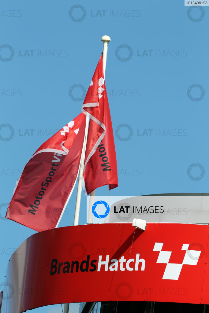 Brands Hatch sign and flag.
