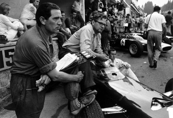 1966 Belgian Grand Prix.Spa-Francorchamps, Belgium. 12 June 1966.Tony Rudd and Jackie Stewart, BRM P261, retired, in the pits, portrait.World Copyright: LAT PhotographicRef: L66/367/8