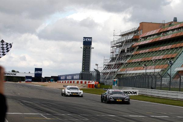2017 DTM Round 7  Nürburgring, Germany  Sunday 10 September 2017. Checkered flag for Robert Wickens, Mercedes-AMG Team HWA, Mercedes-AMG C63 DTM  World Copyright: Alexander Trienitz/LAT Images ref: Digital Image 2017-DTM-Nrbg-AT1-2605