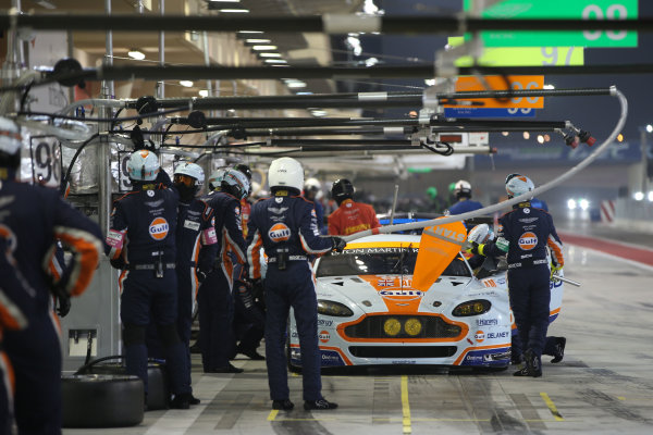 2015 FIA World Endurance Championship, Bahrain International Circuit, Bahrain. 19th - 21st November 2015. Francesco Castellacci / Roald Goethe / Stuart Hall Aston Martin Racing Aston Martin Vantage V8. World Copyright: Jakob Ebrey / LAT Photographic.