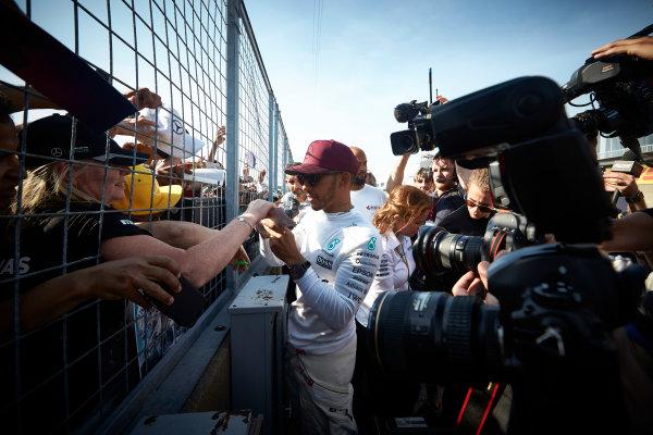 Circuit Gilles Villeneuve, Montreal, Canada. Sunday 11 June 2017. Lewis Hamilton, Mercedes AMG, meets fans and signs autographs. World Copyright: Steve Etherington/LAT Images ref: Digital Imagee SNE10696
