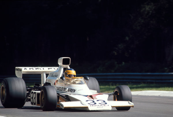 Monza, Italy. 8th September 1974. Rd 13.David Hobbs (McLaren M23-Ford Cosworth), 9th position, action.World Copyright: LAT Photographic