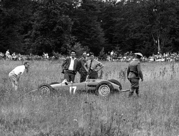 1961 German Grand Prix. Nurburgring.  Graham Hill, BRM P48/57 - Climax retired. World Copyright: LAT Photographic. Ref:1961 German Grand Prix.