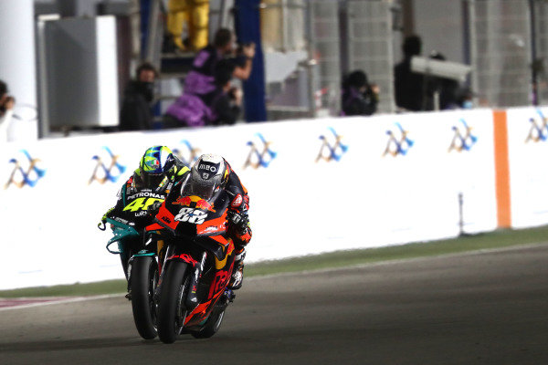Valentino Rossi, Petronas Yamaha SRT, Miguel Oliveira, Red Bull KTM Factory Racing.