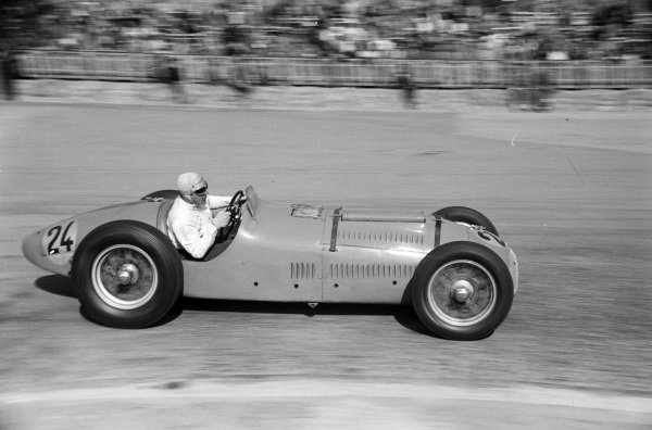 Guy Mairesse, Talbot-Lago T26C.
