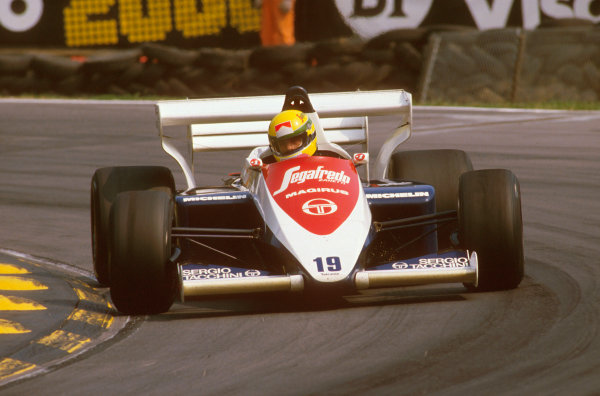 Brands Hatch, England.20-22 July 1984.Ayrton Senna (Toleman TG184 Hart) 3rd position at Druids.Ref-84 GB 21.World Copyright - LAT Photographic