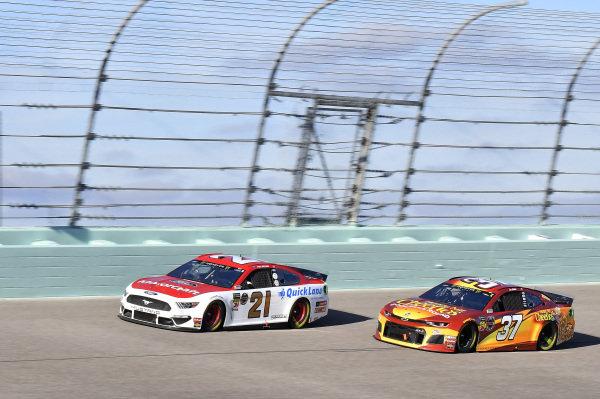 #21: Paul Menard, Wood Brothers Racing, Ford Mustang Motorcraft / Quick Lane Tire & Auto Center, #37: Chris Buescher, JTG Daugherty Racing, Chevrolet Camaro Honey Nut Cheerios