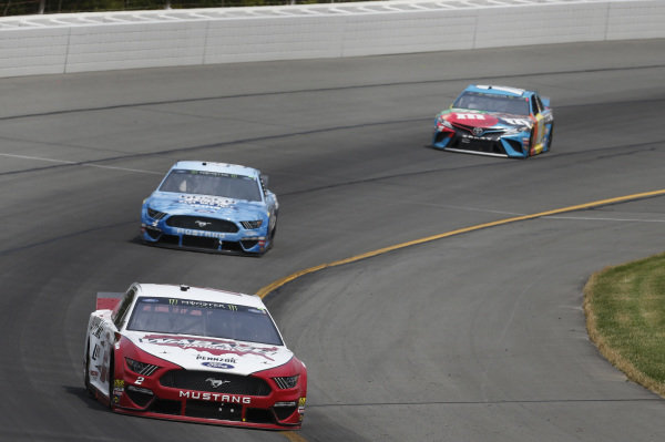 #2: Brad Keselowski, Team Penske, Ford Mustang Wabash National #4: Kevin Harvick, Stewart-Haas Racing, Ford Mustang Busch Light Father's Day