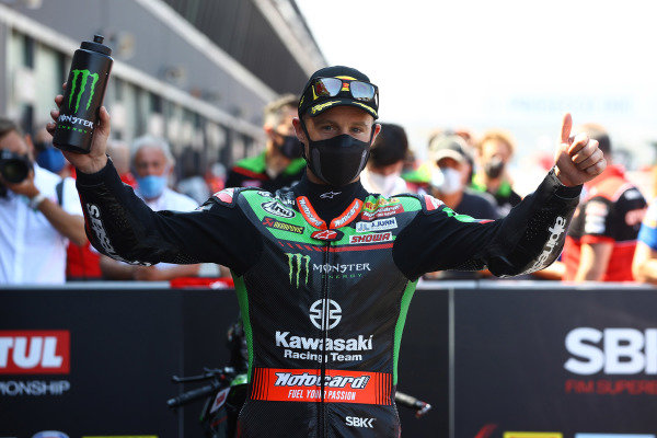 Jonathan Rea, Kawasaki Racing Team WorldSBK takes pole position.