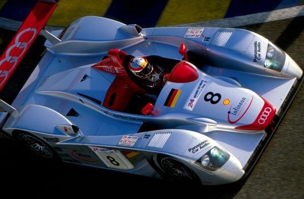 Tom Kristensen (DEN) Audi R8 won the race. Le Mans 24 Hours, Le Mans, France, 17-18 June 2000.