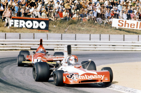 1974 South African Grand Prix. Kyalami, South Africa. 30th March 1974. Eddie Keizan (Tyrrell 004-Ford), 14th position, leads Niki Lauda (Ferrari 312B3), 16th position, action.  World Copyright: LAT Photographic.  Ref: 74SA EK01