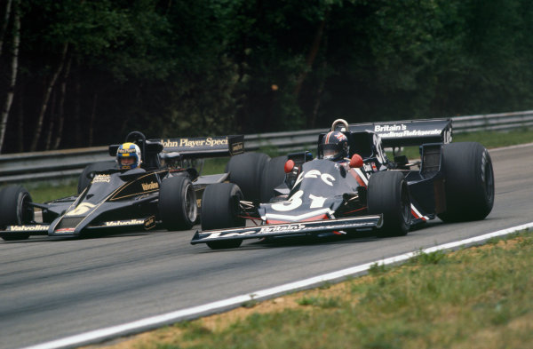 Zolder, Belgium. 3-5 June 1977.  David Purley (Lec CRP1 Ford) 13th position, leads Gunnar Nilsson (Lotus 78 Ford) 1st position.  Ref: 77BEL06. World Copyright: LAT Photographic
