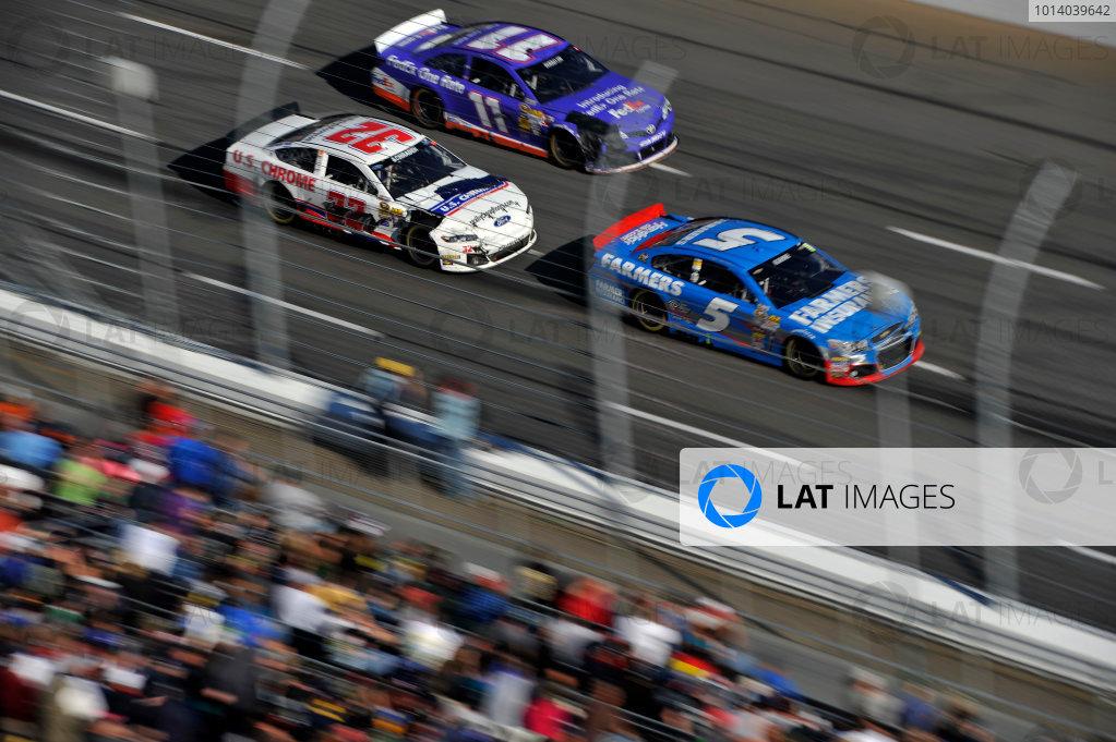 25-27 October, 2013, Martinsville, Virginia USA Kasey Kahne, Ken Schrader, Denny Hamlin, FedEx One Rate Toyota Camry ©2013 Scott R LePage  LAT Photo USA