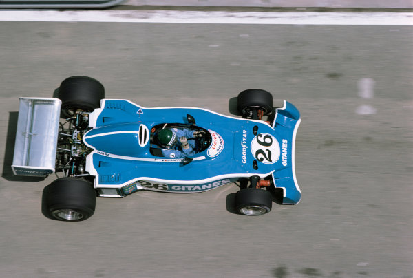 Jarama, Spain. 2nd May 1976.  Jacques Laffite (Ligier JS5-Matra) 12th position, action.  World Copyright: LAT Photographic.  Ref:  76 ESP 45.