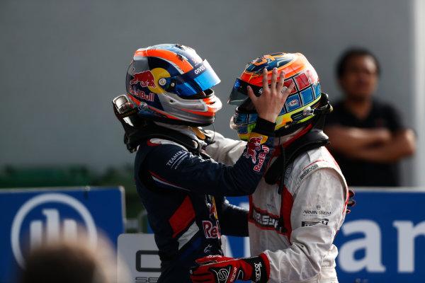 2014 GP3 Series. Round 7.   Autodromo di Monza, Monza, Italy.  Sunday 7 September 2014. Dean Stoneman (GBR, Marussia Manor Racing) & Alex Lynn (GBR, Carlin)  Photo: Sam Bloxham/GP2 Series Media Service. ref: Digital Image _SBL2685