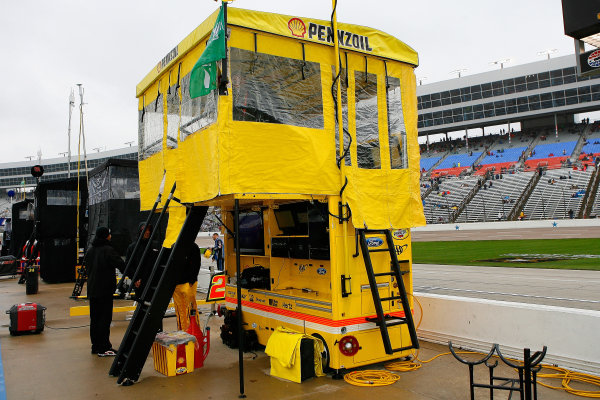 4-6 April, 2014, Fort Worth, Texas USA Rain postponement Joey Logano ©2014, Russell LaBounty LAT Photo USA