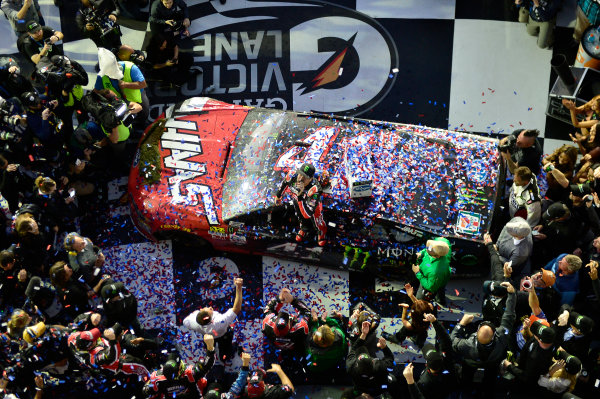 2017 NASCAR Monster Energy Cup - Daytona 500 Daytona International Speedway, Daytona Beach, FL USA Sunday 26 February 2017 Kurt Busch, celebrates after winning the Daytona 500. World Copyright: John K Harrelson / LAT Images ref: Digital Image 17DAY2jh_08610