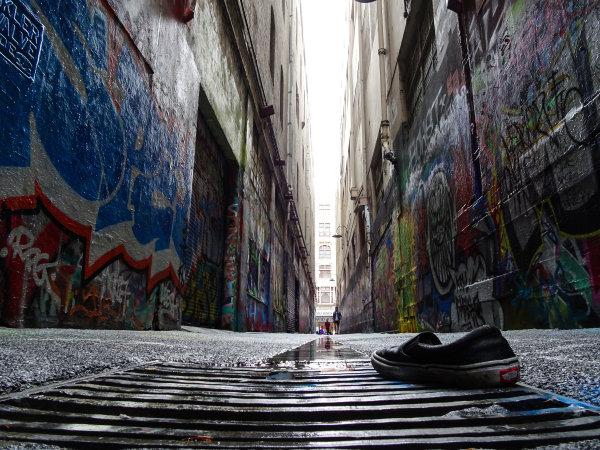 Melbourne, Australia Tuesday 21 March 2017. A Vans trainer in an alleyway Photo: Sam Bloxham/LAT ref: Digital Image DSC00079